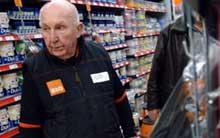 elderlyworker0302.jpg